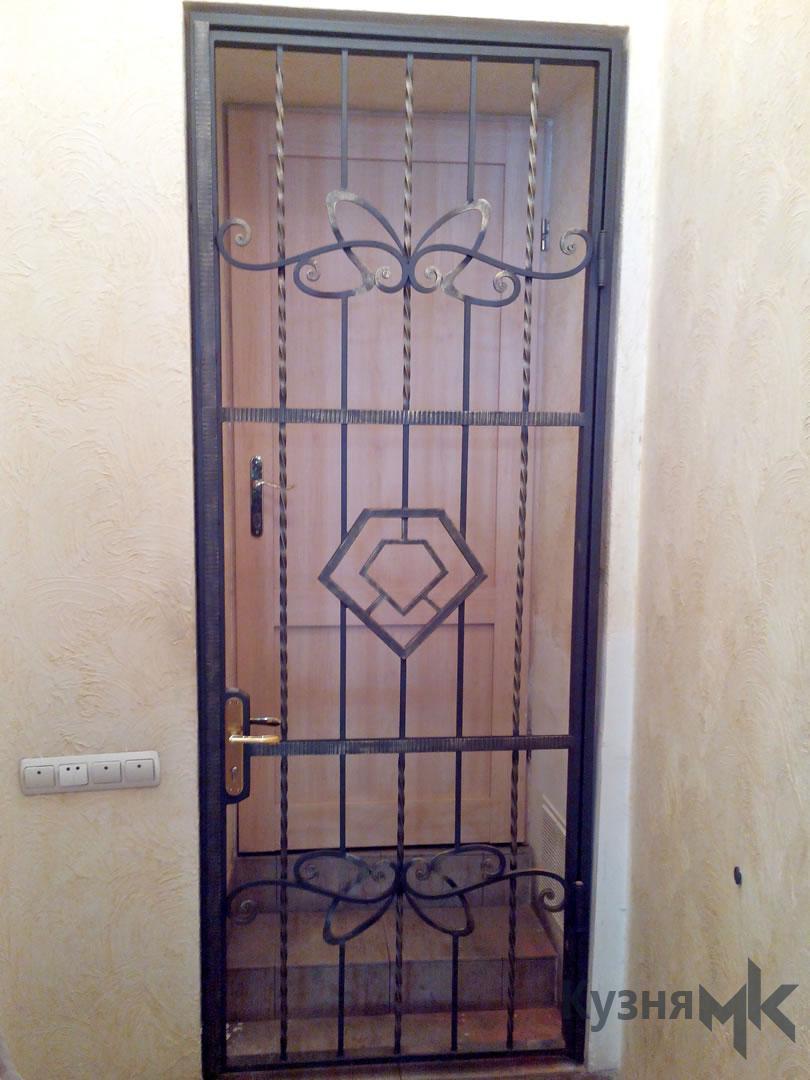 Ковані решітки на двері