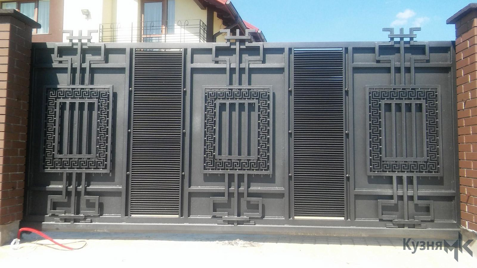 Відсувні ворота в сучасному стилі