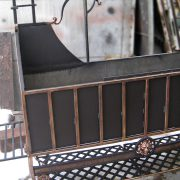 Кований мангал з дашком та місцем для дров