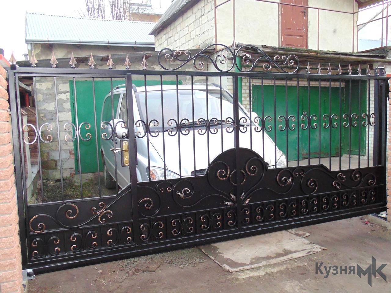 Відкатні ворота G35